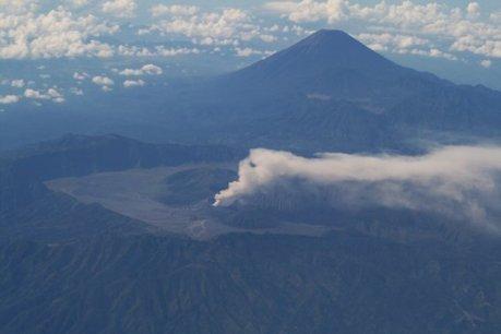 Gunung Bromo Meletus 2010